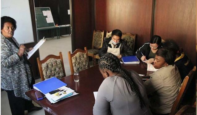 """2 Monate bei ACC Namibia — Bericht von Beatrix von Eycken — Seite 2: """"Der Tagesablauf"""""""